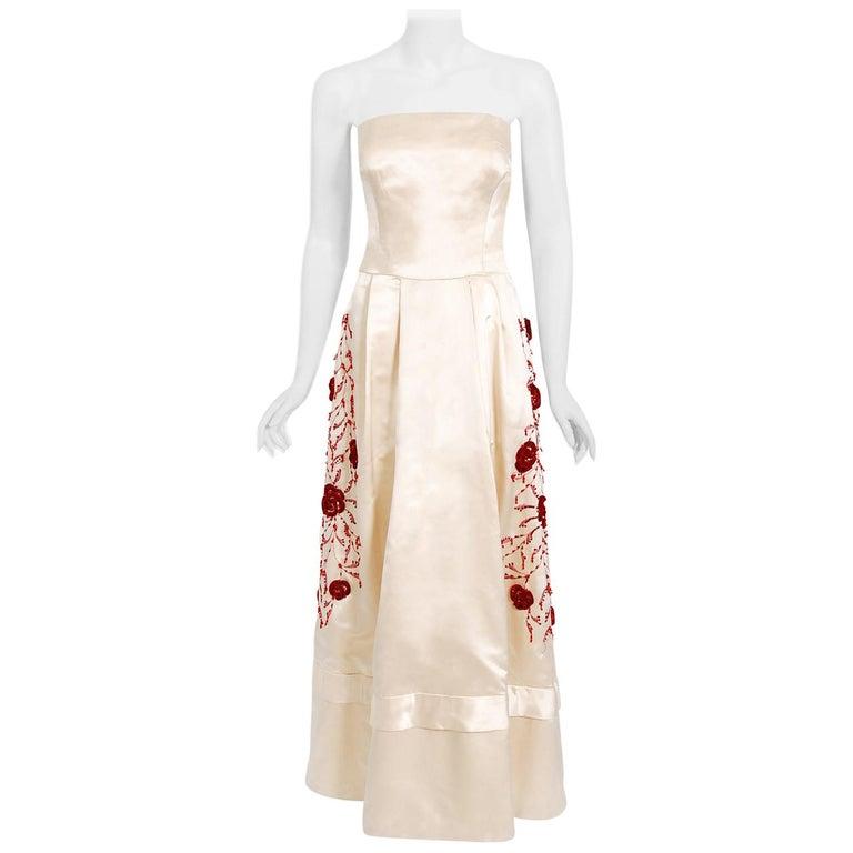 Vintage 1950's Harvey Berin Embroidered Floral Ivory Silk Strapless Bridal Dress For Sale