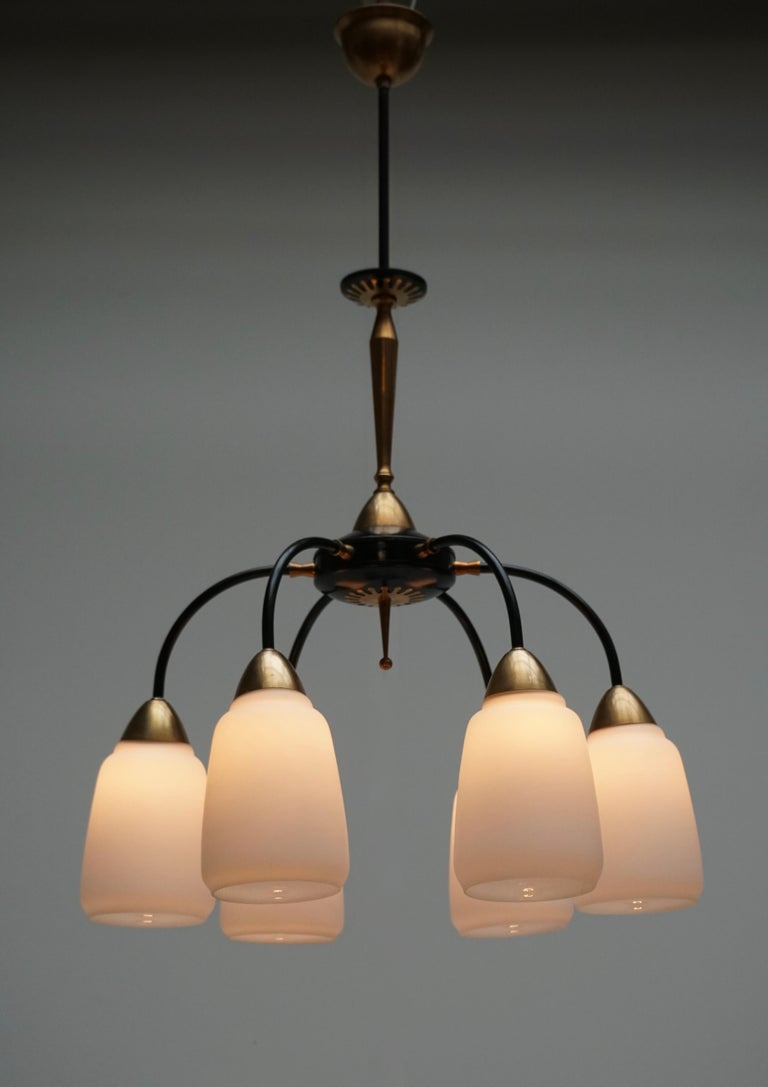 Vintage 1950s Italian Brass and Glass Chandelier For Sale 1