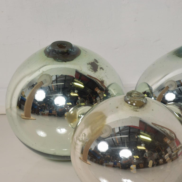 Mid-Century Modern Vintage 1950s Mexico Mercury Glass Globes Gazing Ball Spheres- set of 3 For Sale