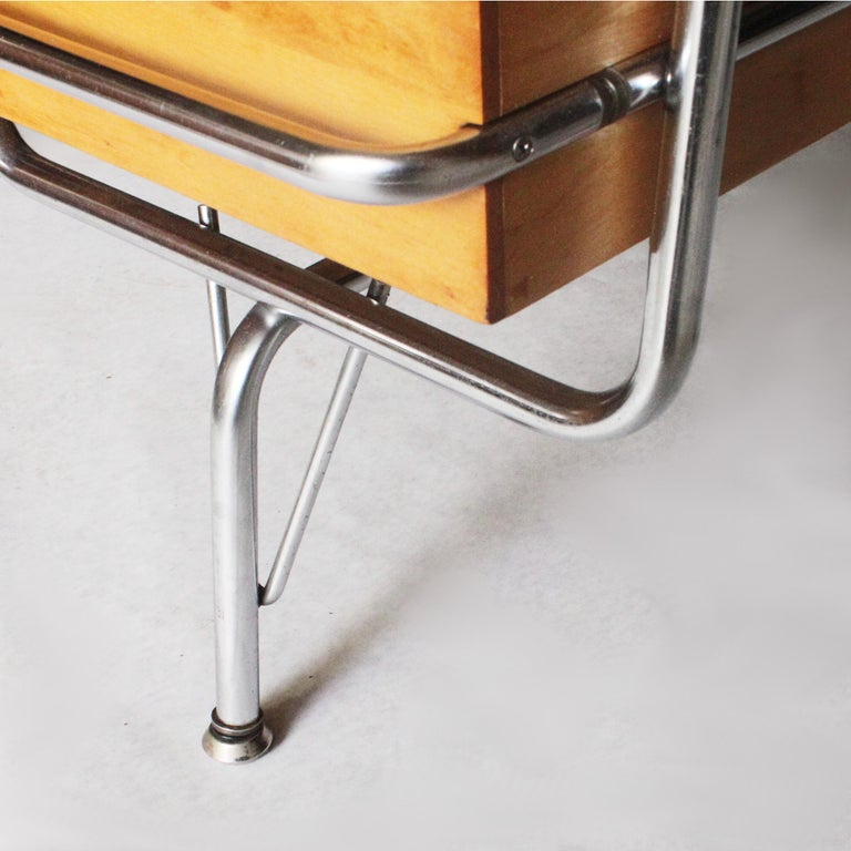 Vintage 1950s Mid-Century Modern Industrial Trimline Executive Desk by KEM Weber For Sale 2