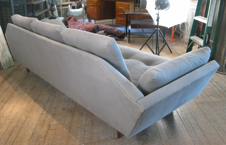 American Vintage 1950s Walnut Gondola Sofa by Adrian Pearsall for Craft Associates For Sale