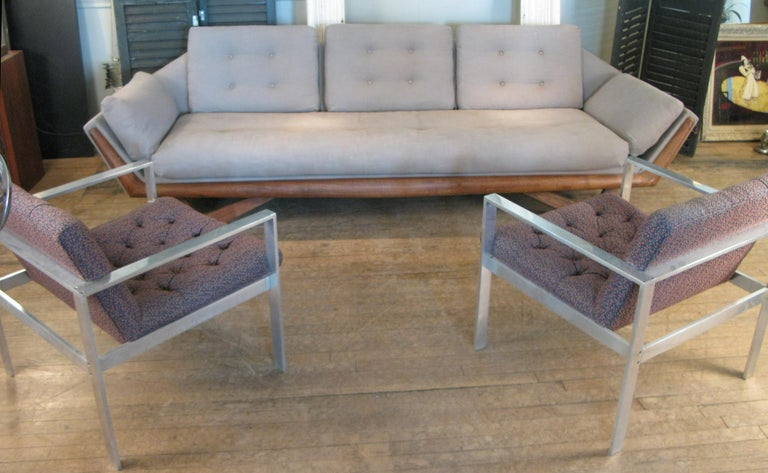 Vintage 1950s Walnut Gondola Sofa by Adrian Pearsall for Craft Associates For Sale 1