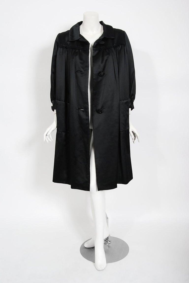 Vintage 1951 Traina-Norell Black Duchess Satin Voluminous Pleated Swing Coat For Sale 6