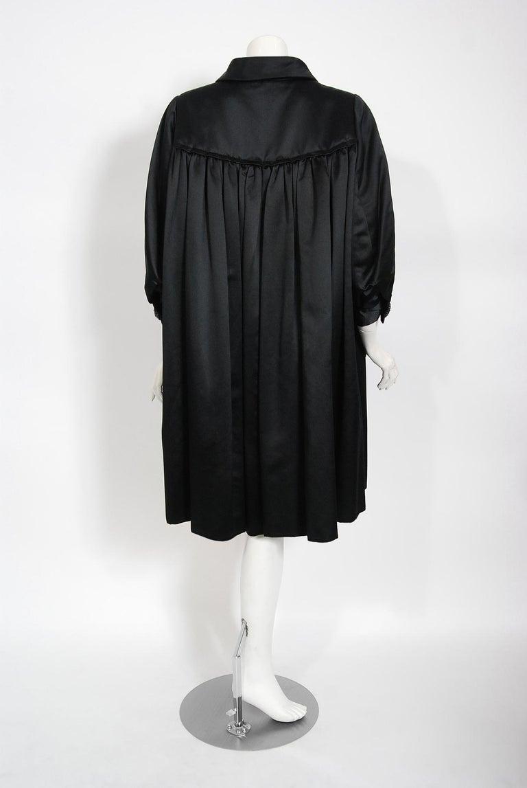 Vintage 1951 Traina-Norell Black Duchess Satin Voluminous Pleated Swing Coat For Sale 7