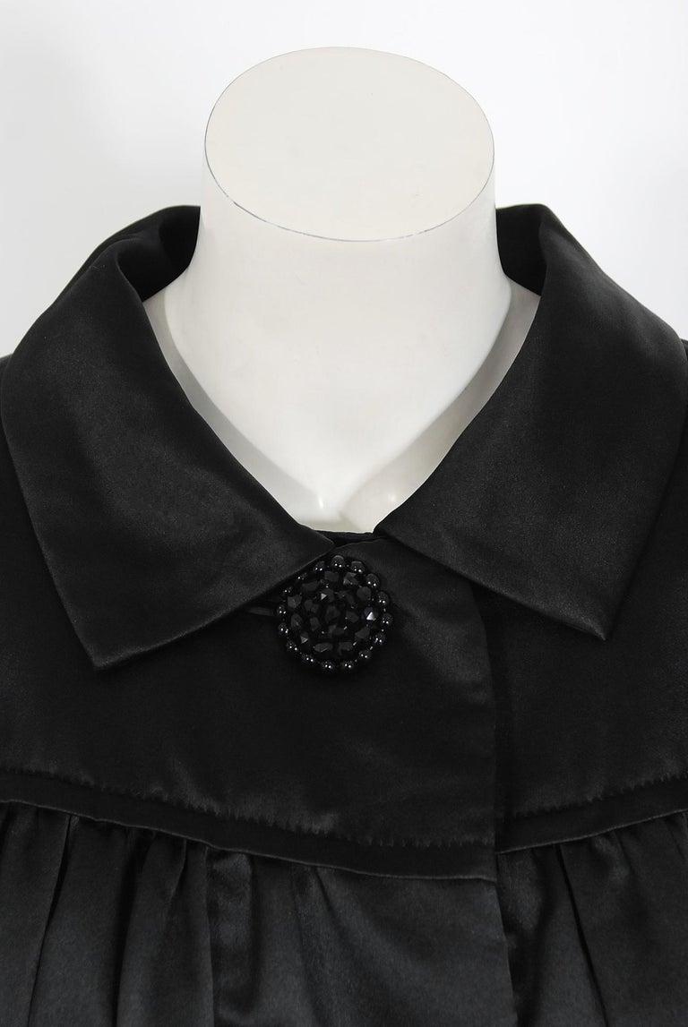 Women's Vintage 1951 Traina-Norell Black Duchess Satin Voluminous Pleated Swing Coat For Sale