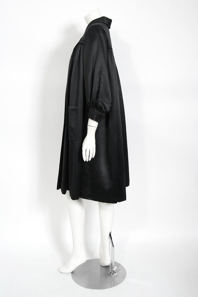 Vintage 1951 Traina-Norell Black Duchess Satin Voluminous Pleated Swing Coat For Sale 2