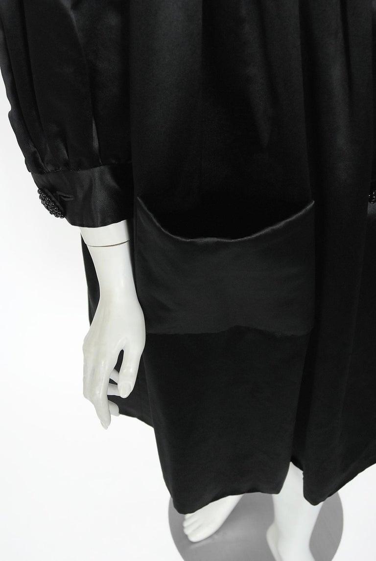 Vintage 1951 Traina-Norell Black Duchess Satin Voluminous Pleated Swing Coat For Sale 5