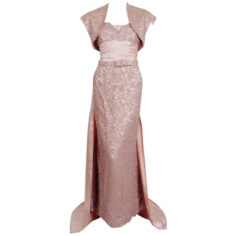 Vintage 1952 Pierre Balmain Couture Pale-Pink Silk Lace Strapless Trained Gown  For Sale