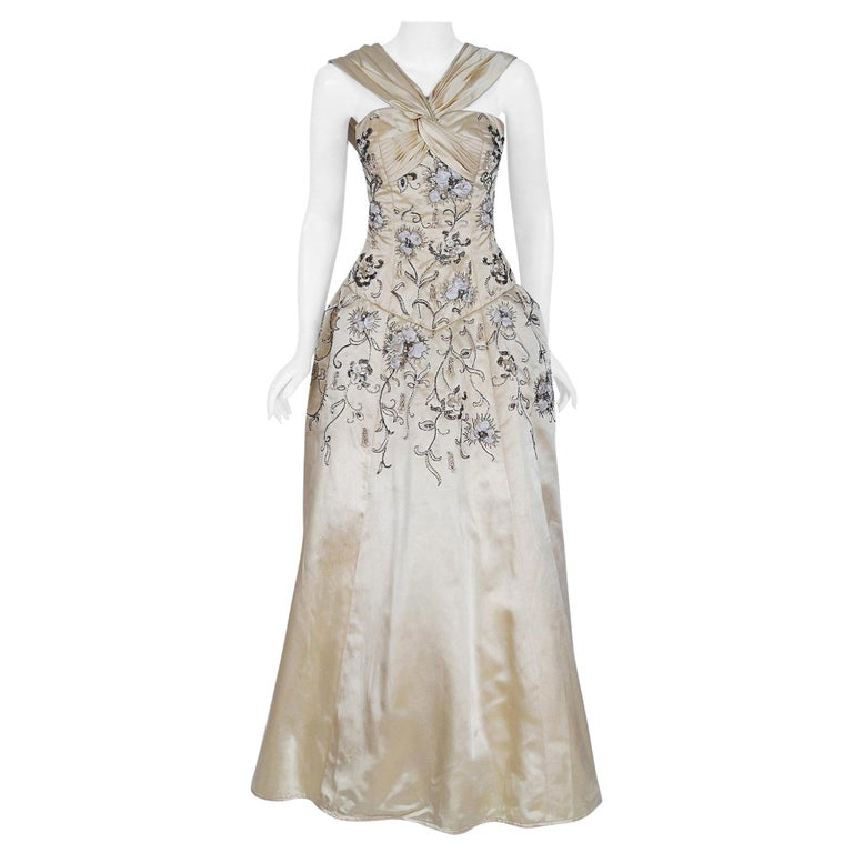 Vintage 1955 Pierre Balmain Couture Ivory Beaded Embroidered Silk Bridal Gown For Sale