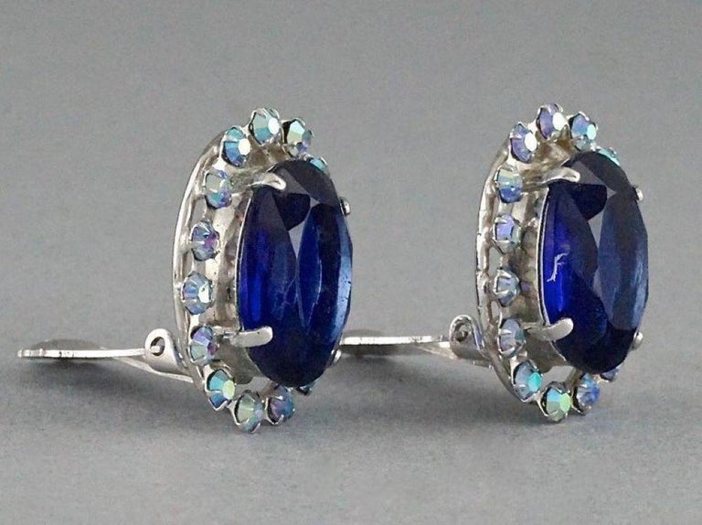 Vintage 1958 CHRISTIAN DIOR Sapphire Rhinestone Earrings In Excellent Condition For Sale In Kingersheim, Alsace