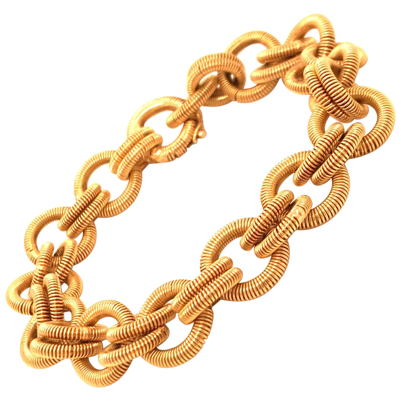 Vintage 1960s 18 Karat Yellow Gold Coiled Link Bracelet