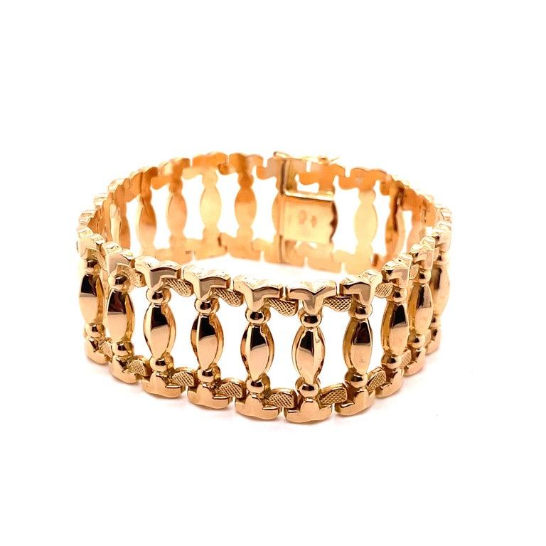 Vintage 1960s 18 Karat Rose Gold Retro Wide Link Bracelet For Sale 2