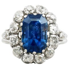 Vintage 1960s 6.53 Carat Sapphire and Diamond White Gold Ring