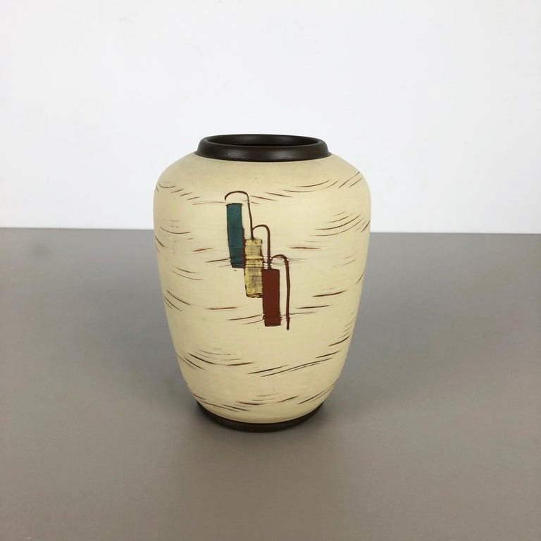 Article: Pottery ceramic vase
