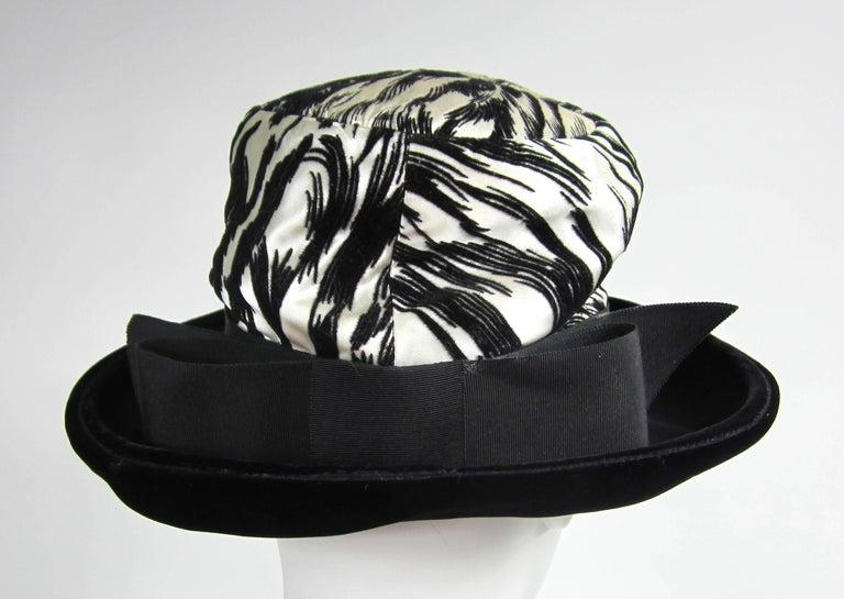 Women's or Men's Vintage 1960s Chesterfield Original Black White Hat  For Sale