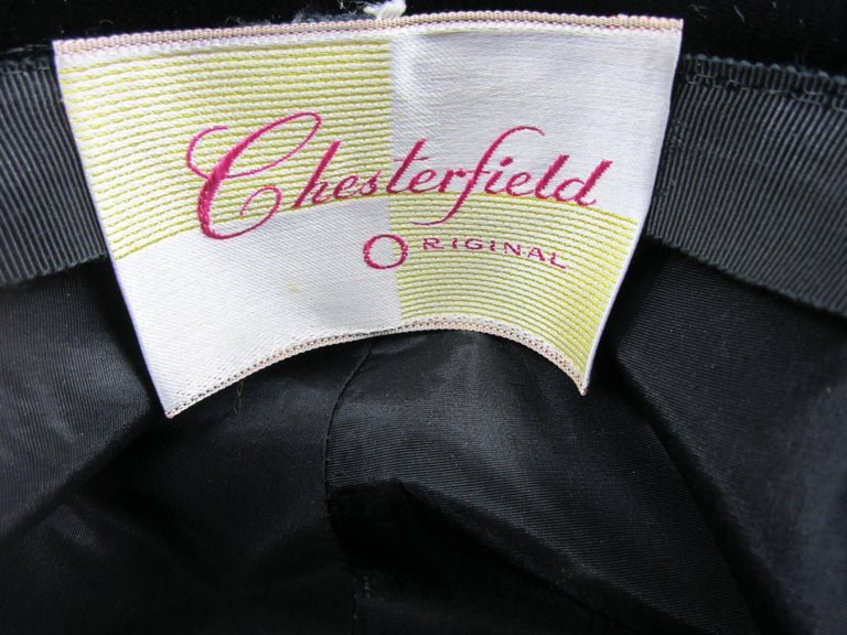 Vintage 1960s Chesterfield Original Black White Hat  For Sale 1