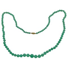Vintage 1970s Chrysoprase and 18 Karat Gold Necklace by Buccellati
