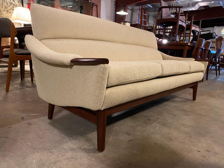 Vintage 1960s Cream Boucle and Walnut Sofa by R. Huber & Co. For Sale 1
