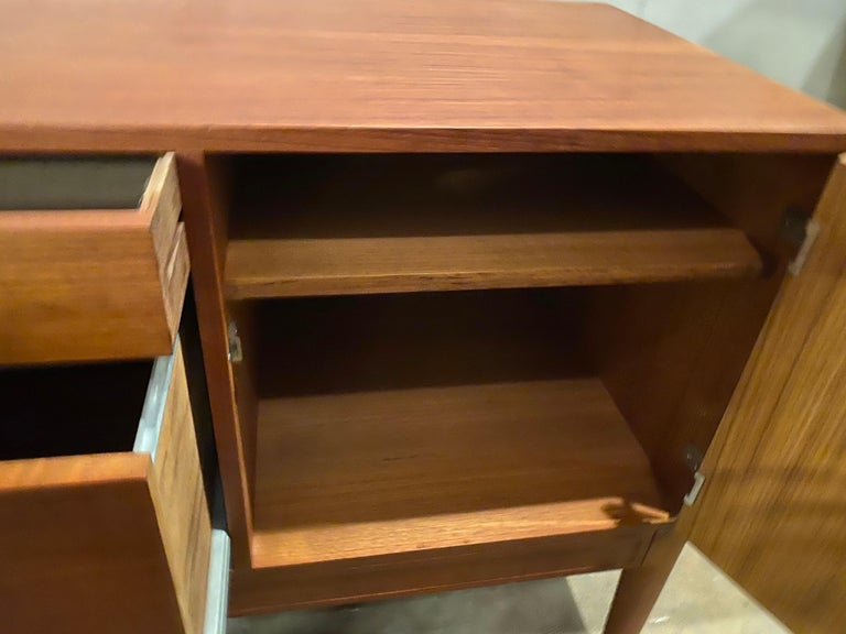 Mid-20th Century Vintage 1960s Finn Juhl for France and Son Diplomat Teak Credenza For Sale
