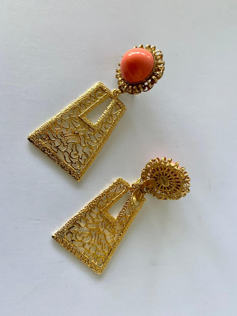 Vintage 1960's Geometric Angel Skin Coral Gold Statement Earrings  In Excellent Condition For Sale In Palm Springs, CA