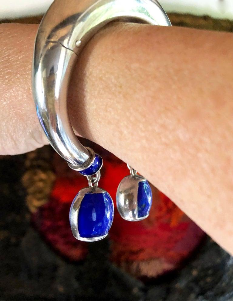 Women's Vintage 1960s Gucci Italy Sterling Silver Enamel Hinged Dangle Bracelet For Sale