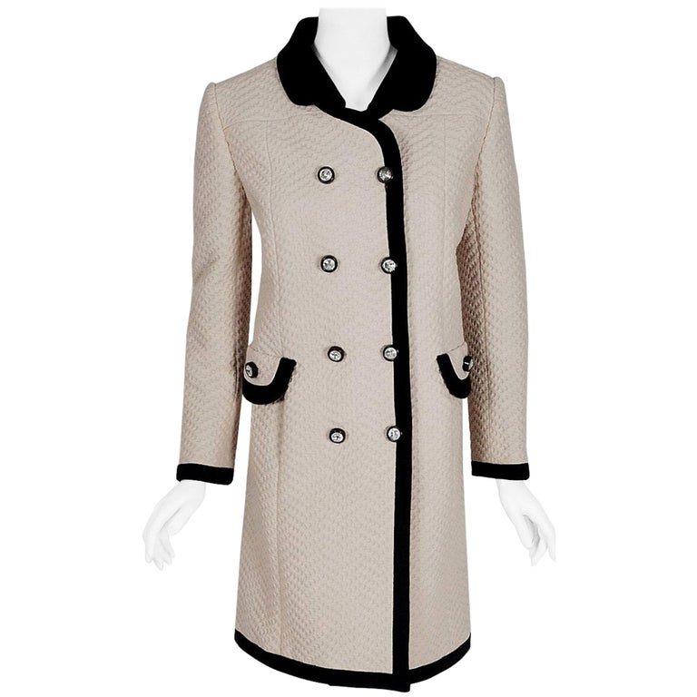 Vintage 1960's Italian Couture Creme Waffle Silk-Pique Double Breasted Mod Coat For Sale
