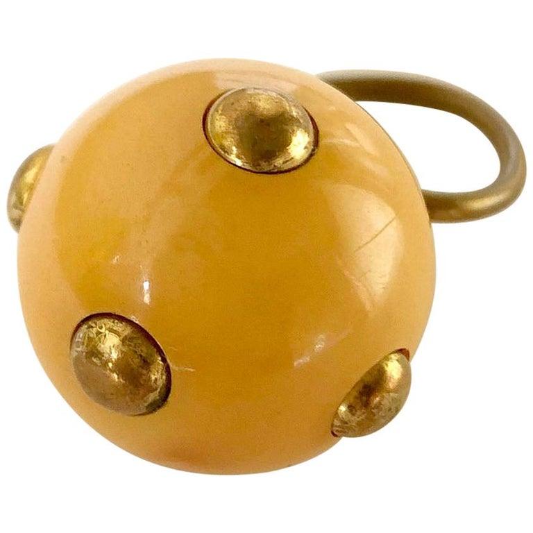 Vintage 1960s Kenneth Jay Lane Beige Bakelite Plastic Go Go Ring Brass Studs For Sale