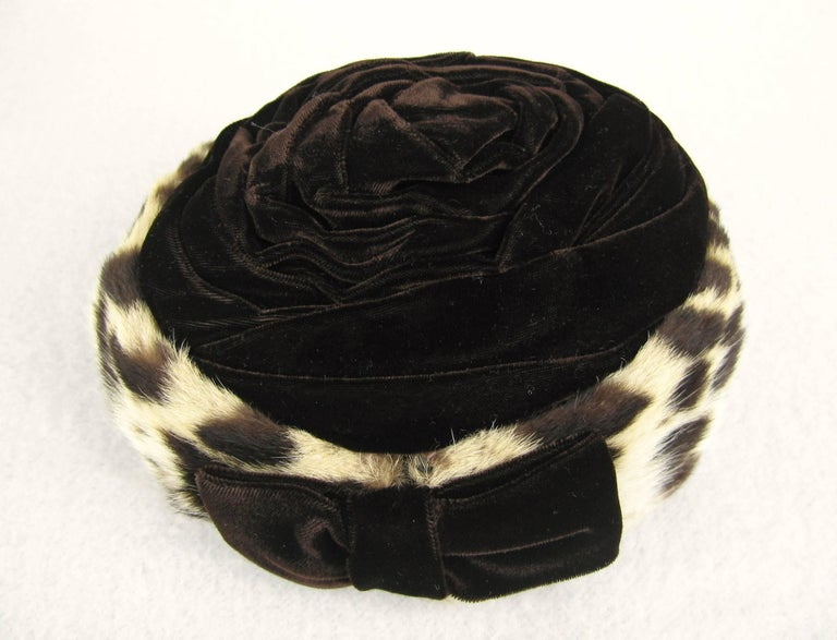 Women's Vintage 1960s Leopard Print Fur Velvet Hat  For Sale