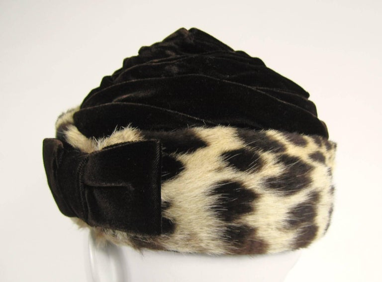 Vintage 1960s Leopard Print Fur Velvet Hat  For Sale 1