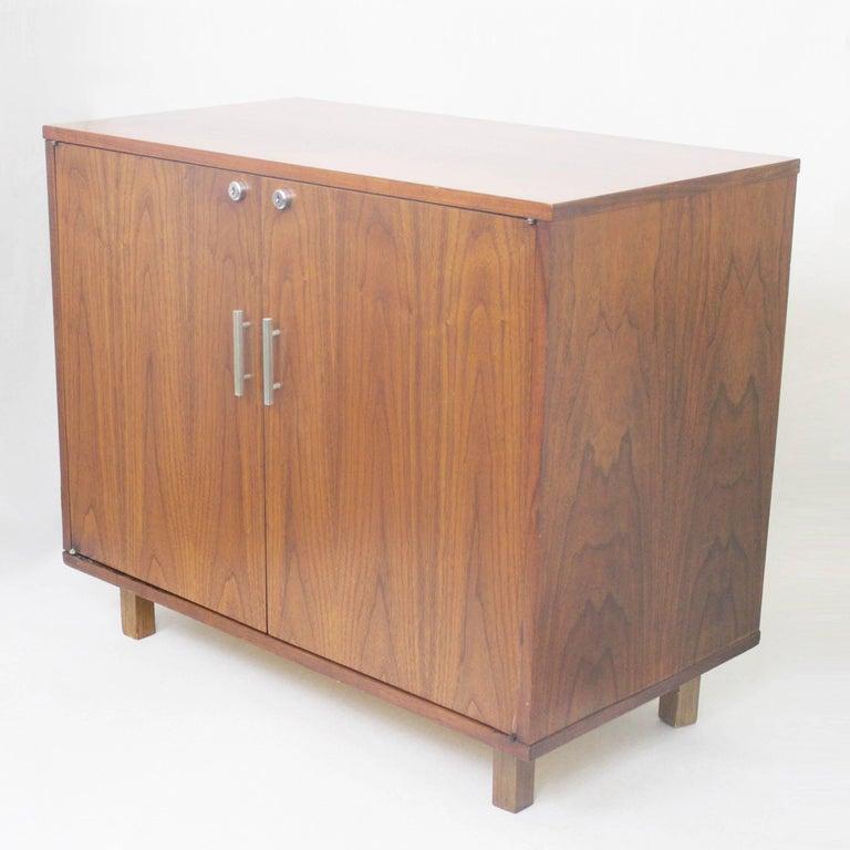 Vintage 1960 S Mid Century Modern Walnut Mini Bar Fridge