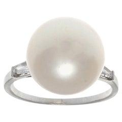 Vintage 1960s Pearl Diamond Platinum Ring