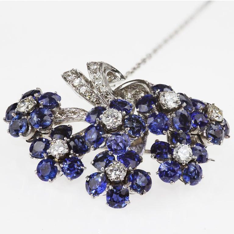 Diamond & Natural Sapphire Flower Bouquet Brooch in Platinum, Vintage/Retro For Sale 1