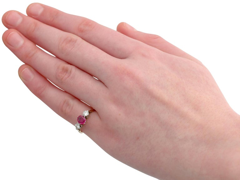 Vintage 1960s Ruby Diamond and Yellow Gold Three-Stone Ring For Sale 1