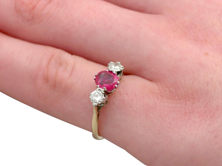 Vintage 1960s Ruby Diamond and Yellow Gold Three-Stone Ring For Sale 2