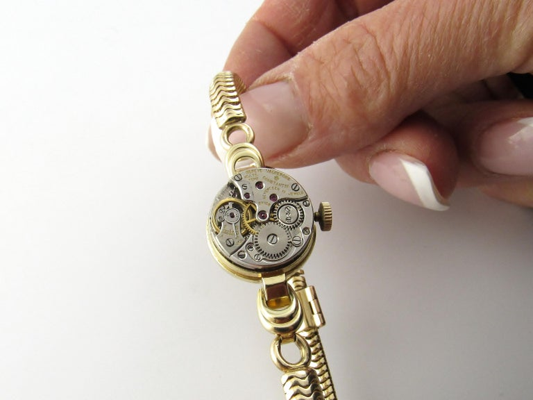 Vintage 1960s Vacheron Constantin 14 Karat Yellow Gold Ladies Hand Winding Watch For Sale 8