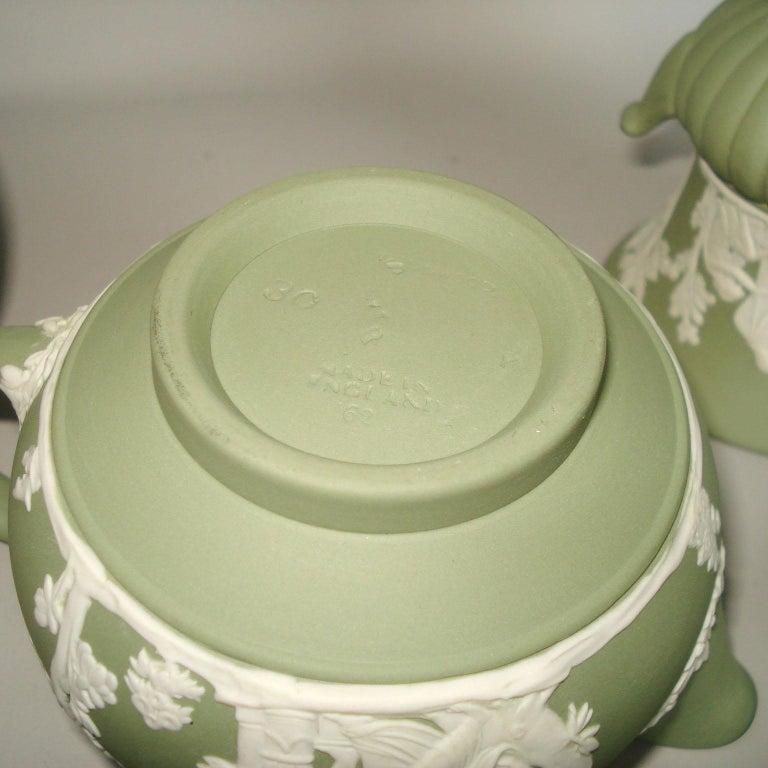 Vintage 1960s Wedgwood Jasperware Cream on Celadon Collection 6