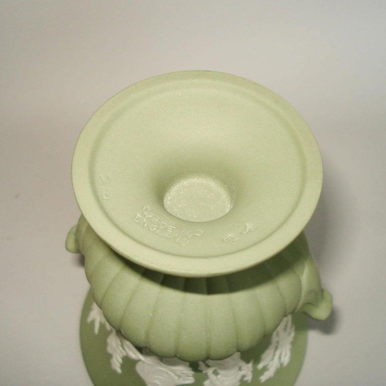Vintage 1960s Wedgwood Jasperware Cream on Celadon Collection 7