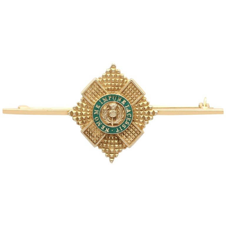 1960s Yellow Gold and Green Enamel Scots Guard Brooch For Sale