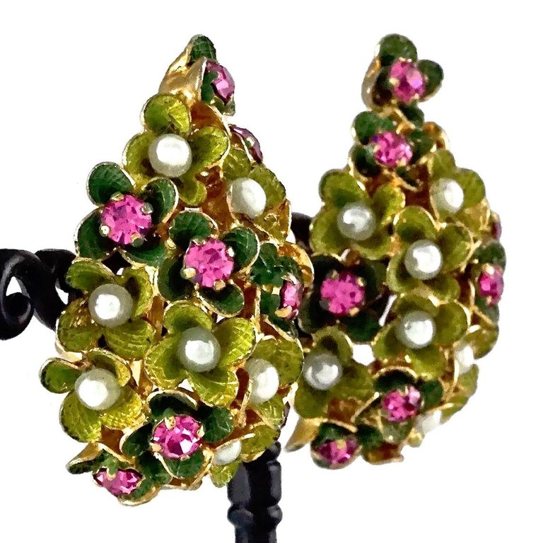 Women's Vintage 1967 CHRISTIAN DIOR Cluster Enamel Flower Pearl Rhinestone Earrings For Sale