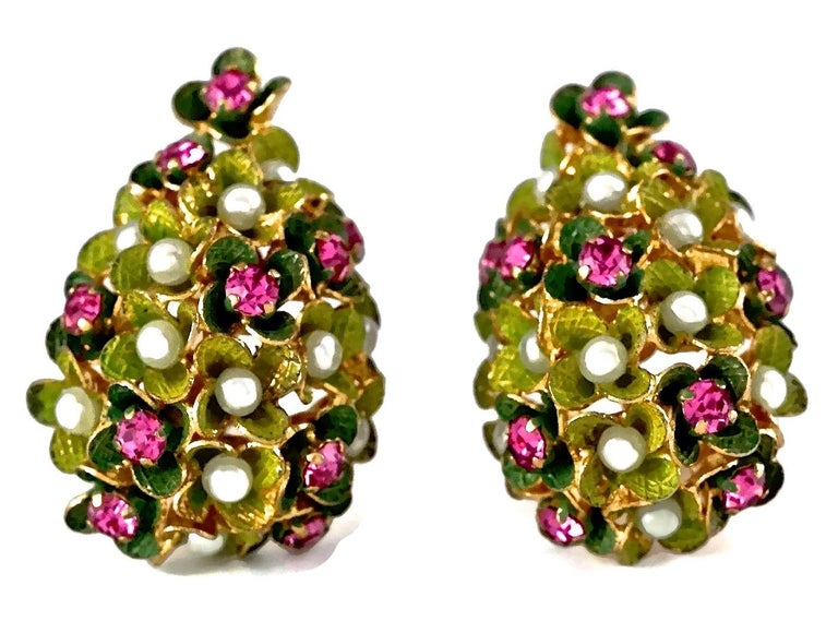 Vintage 1967 CHRISTIAN DIOR Cluster Enamel Flower Pearl Rhinestone Earrings For Sale 1