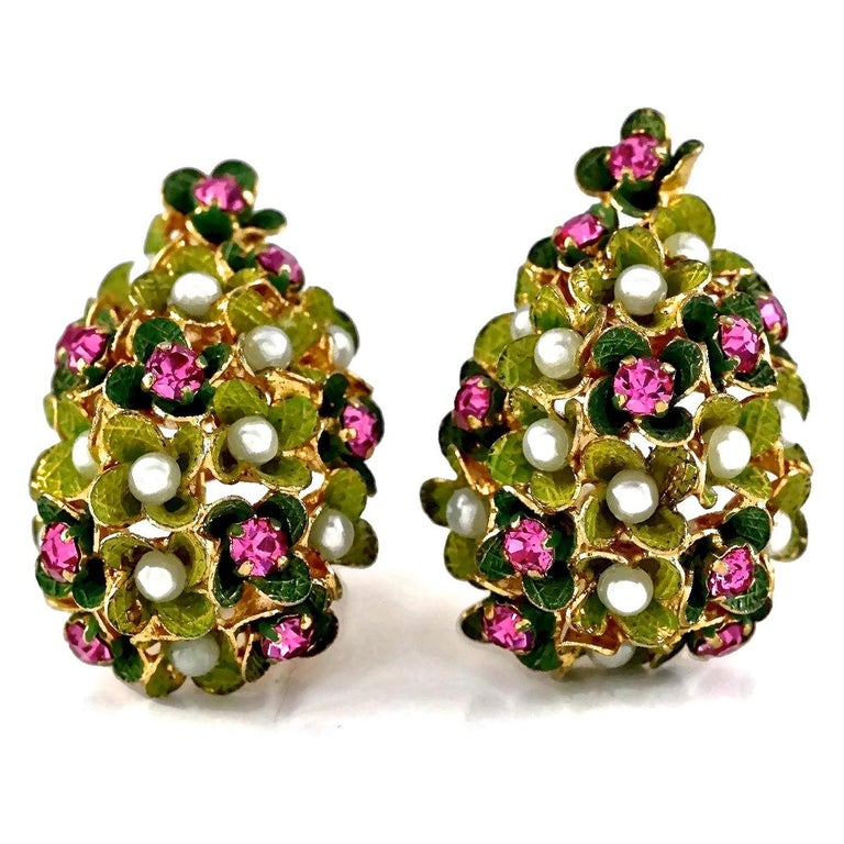 Vintage 1967 CHRISTIAN DIOR Cluster Enamel Flower Pearl Rhinestone Earrings For Sale 2