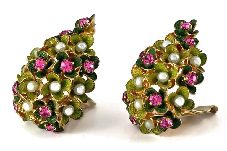 Vintage 1967 CHRISTIAN DIOR Cluster Enamel Flower Pearl Rhinestone Earrings For Sale 3