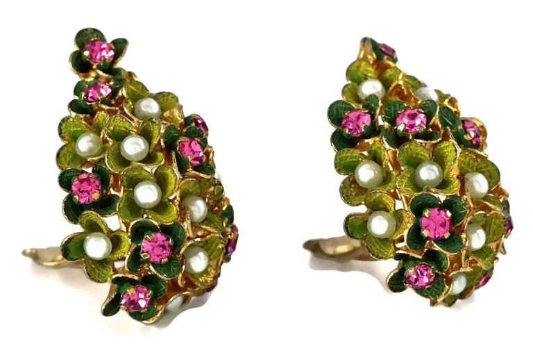 Vintage 1967 CHRISTIAN DIOR Cluster Enamel Flower Pearl Rhinestone Earrings For Sale 4