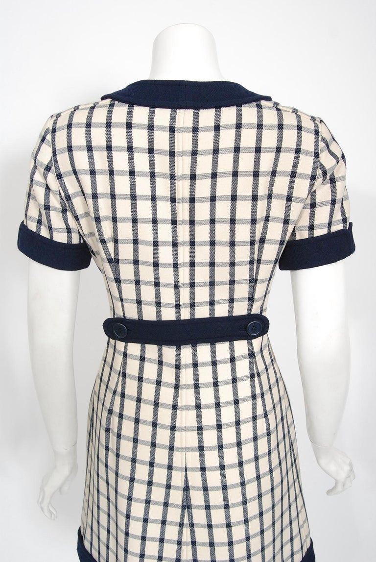 Vintage 1967 Courreges Couture Navy Ivory Checkered Wool Space-Age Mini Dress For Sale 5
