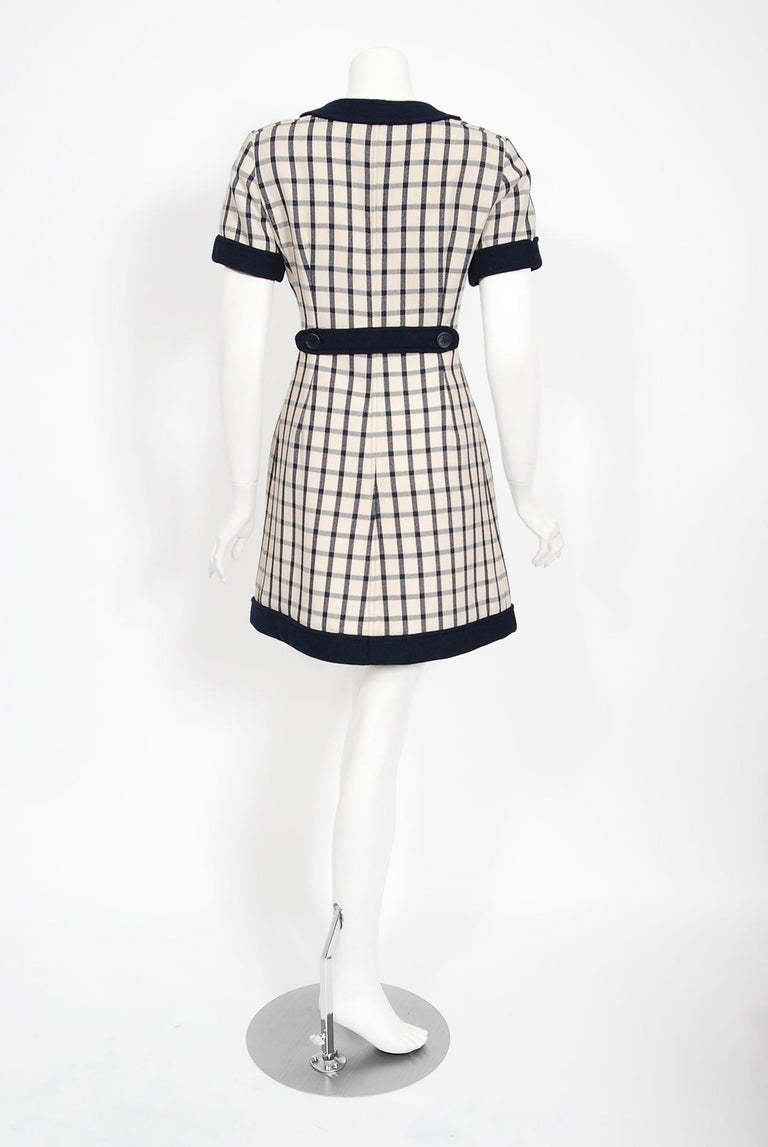 Vintage 1967 Courreges Couture Navy Ivory Checkered Wool Space-Age Mini Dress For Sale 4