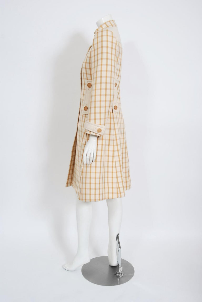 Vintage 1967 Courreges Couture Tan and Ivory Checkered Wool Mod Jacket Coat   For Sale 1
