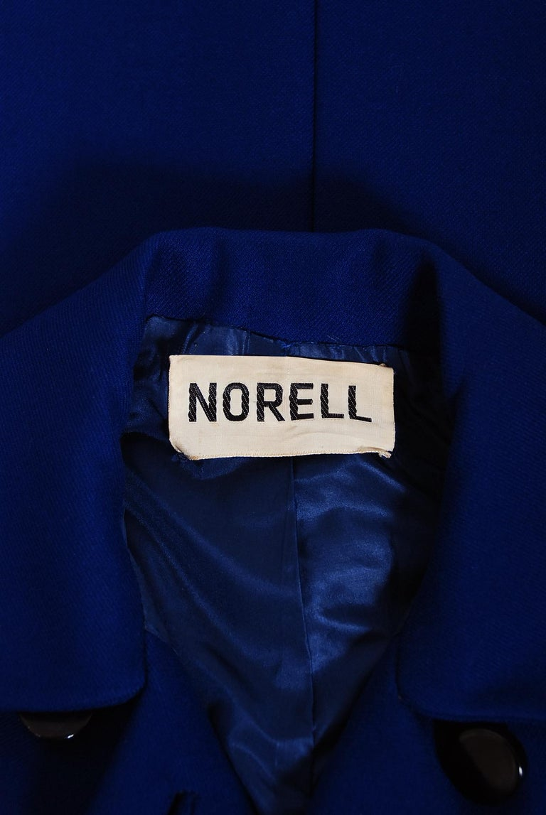 Vintage 1969 Norman Norell Royal Blue Wool Double-Breasted Mod Military Coat For Sale 5