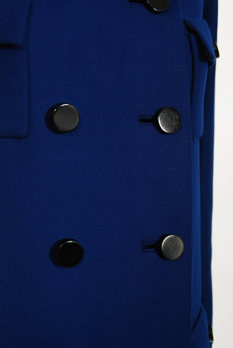 Vintage 1969 Norman Norell Royal Blue Wool Double-Breasted Mod Military Coat For Sale 3