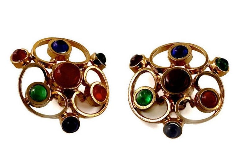 Vintage 1970 Massive CHANEL Gripoix Openwork Earrings In Excellent Condition For Sale In Kingersheim, Alsace