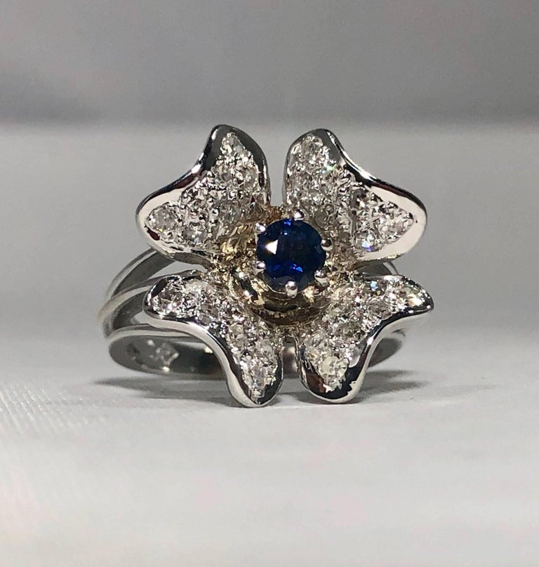 Vintage 1970s 14 Karat Sapphire and Diamond Flower Cocktail Ring For Sale 1